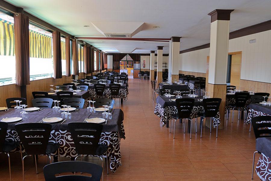 Salón Restaurante Camping Cáceres