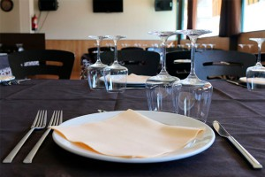 Servicio Restaurante Camping Cáceres