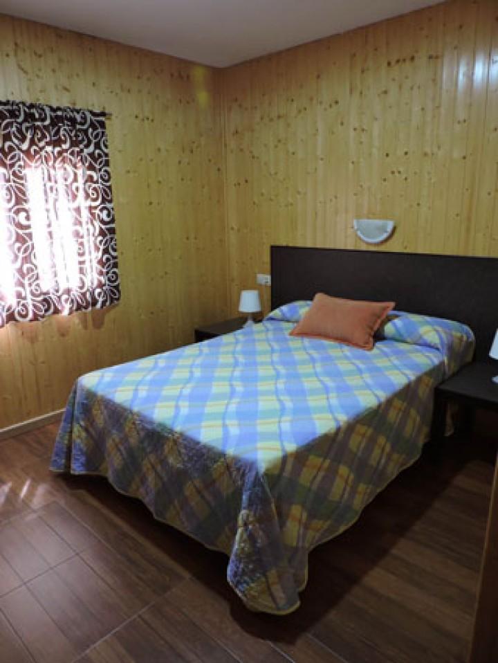 Bungalow 2 Dormitorios Cama Matrimonio