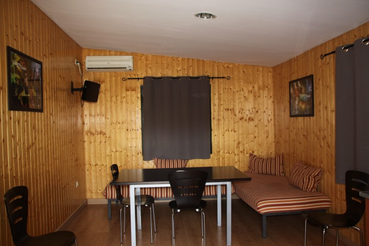 Bungalow 2 Dormitorios Salón Cocina