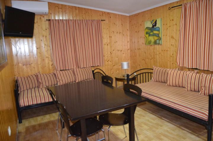 Bungalow 2 Dormitorios con literas - Salón