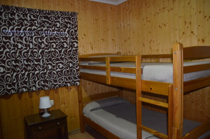Bungalow 2 Dormitorios con literas - Camas literas