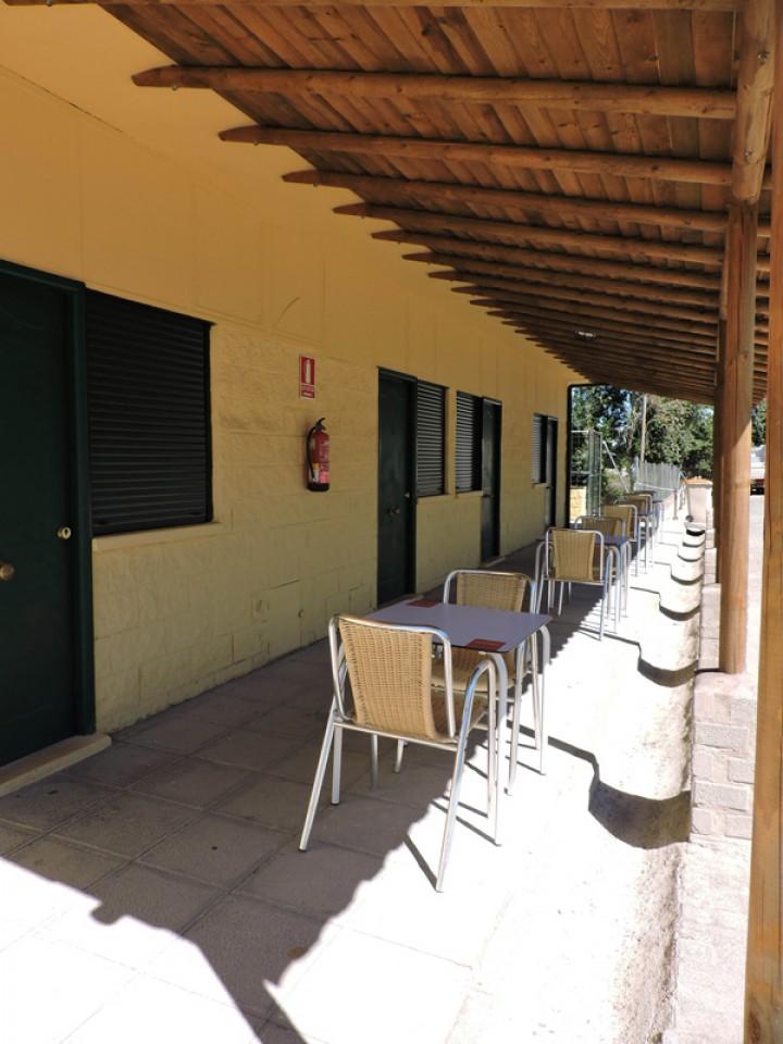 Habitación Doble con dos camas entrada