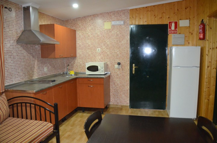 Bungalow 2 Bedrooms with Double Bed - Kitchen