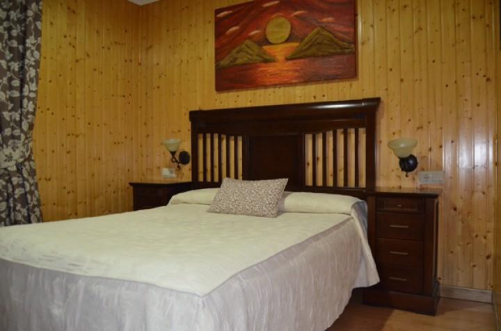 Bungalow 2 Dormitorios con literas - Cama Matrimonio